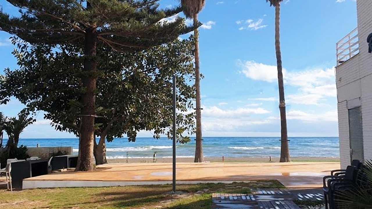 Alma Playa · Yoga & Mar | Yoga para Todos